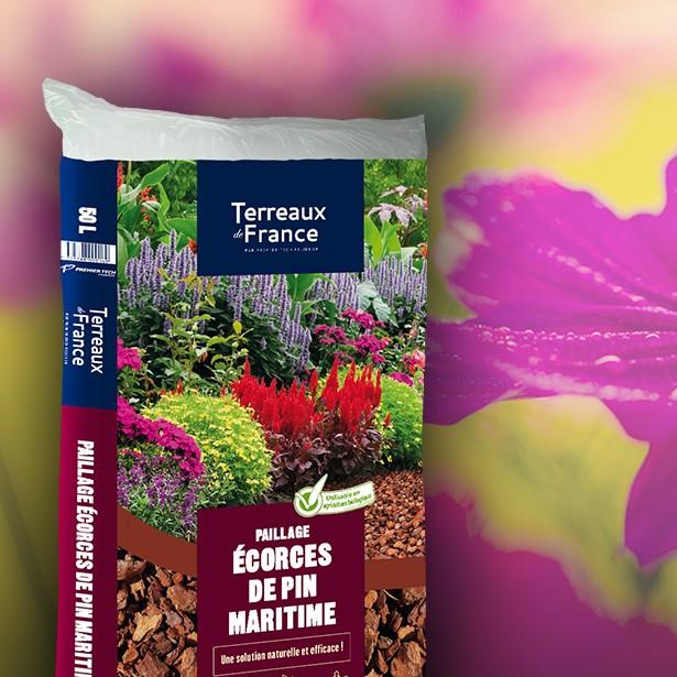 Vente en ligne de Ecorces de pin 50 litres Terreaux de France Calibre 20-40mm 0